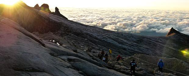 alpinisti_pe_munte